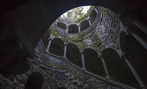 Pozo iniciático finca da Regaleira, Sintra