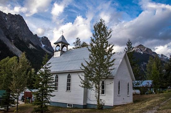 Iglesia Field