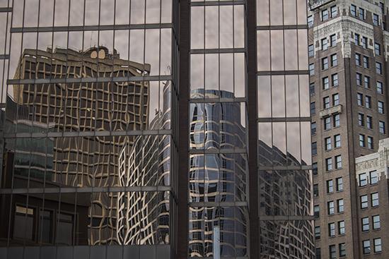 Reflejos de rascacielos Vancouver, Canadá