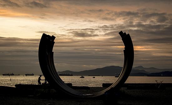 escultura matemática English bay Vancouver, Canadá