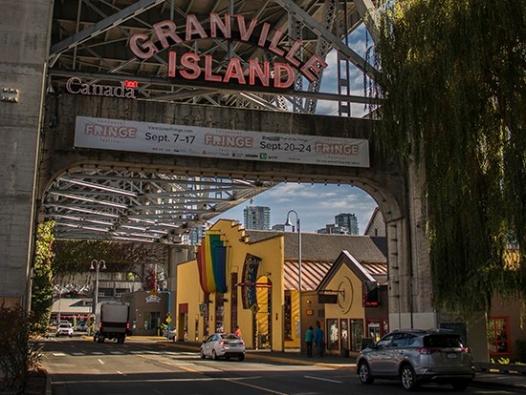 puente y alrededores de Granville island, Vancouver, Canadá