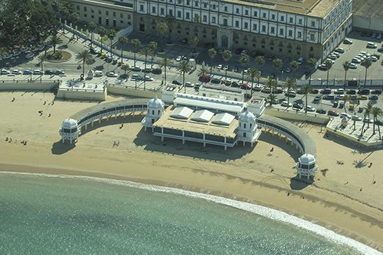 Vista aérea de la playa de La Caleta Cádiz