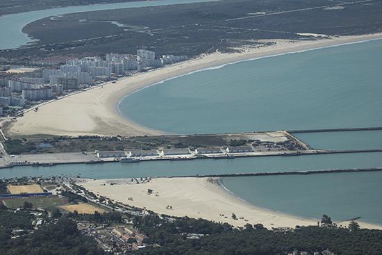 Vista aérea bajo Guadalquivir Cádiz