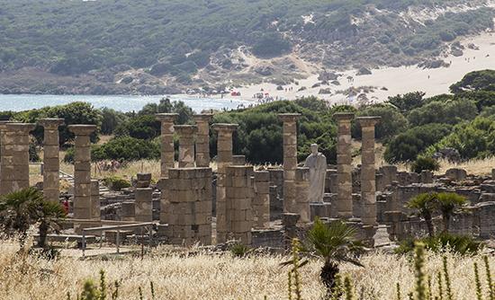 Yacimiento de Baelo Claudia y duna de Bolonia