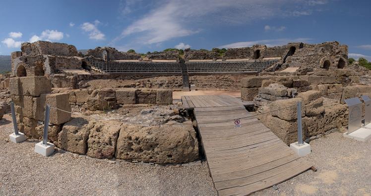 Teatro romano yacimiento Baelo Claudia Tarifa Cádiz