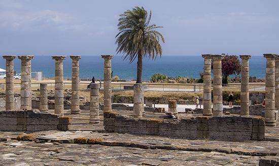Playa de Bolonia y yacimiento Baelo Claudia Cádiz