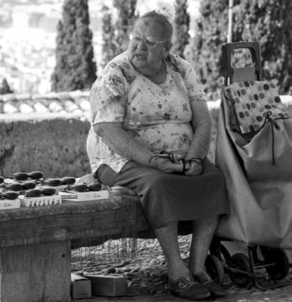 Clic , foto robada. Gitana en el barrio del Albaicín Granada
