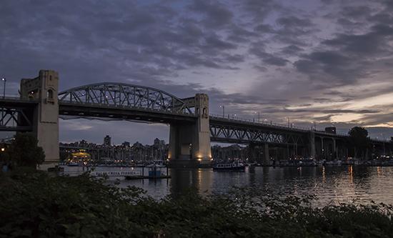 Vancouver puente al anocher