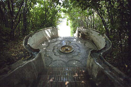 escalera del agua generalife