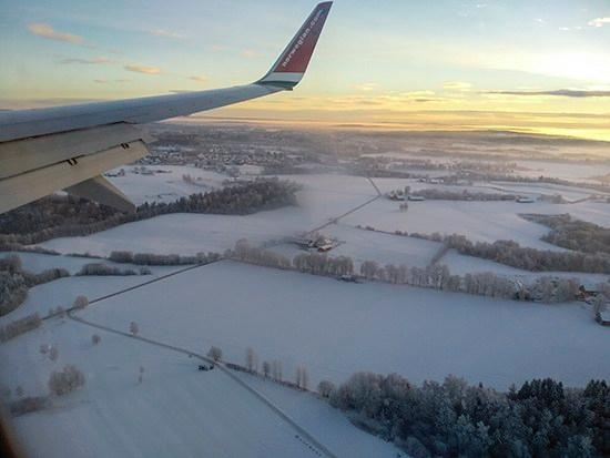 vistas aéreas paisaje nevado Noruega