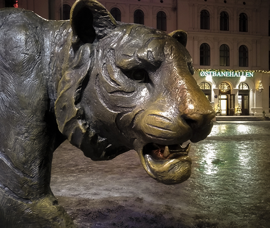 tigre escultura Oslo simbolo de la ciudad