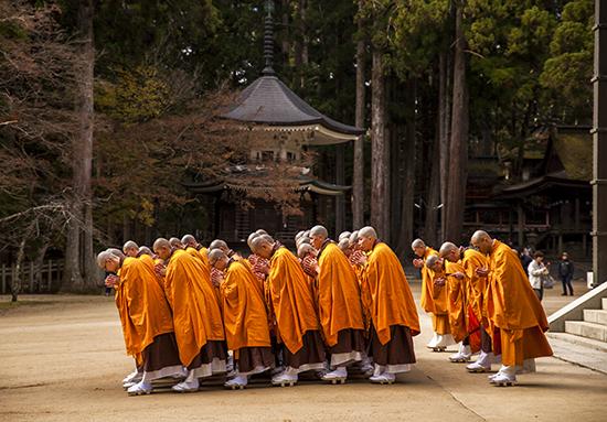 koyasan japon monjes