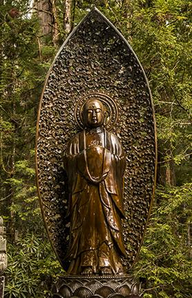 esculturas cementerio monte koya