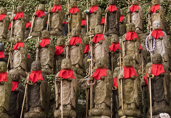 estatuas en japon