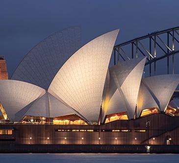 detalle opera house sydney de noche
