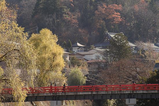 Takayama puentes