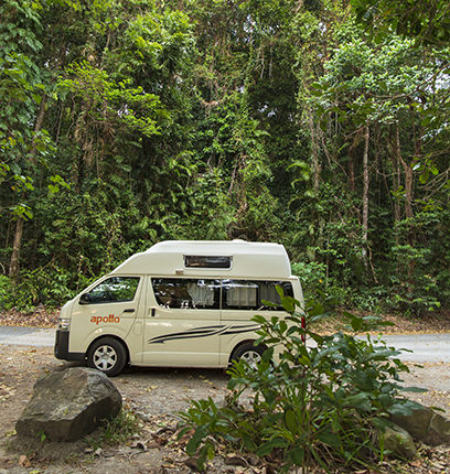 campervan Toyota Hiace de Apollo en Cape Tribulation