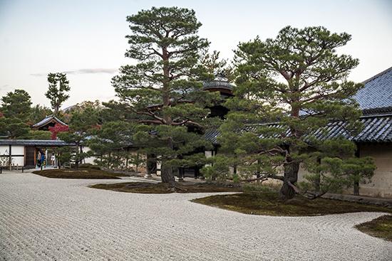 tenryuji temple jardin zen