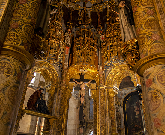 Altar. Charola. Convento de Cristo