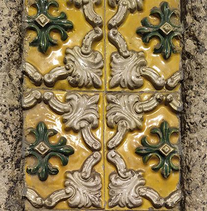 azulejos con relieve portugal