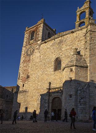 Palacio de los Cáceres Ovando