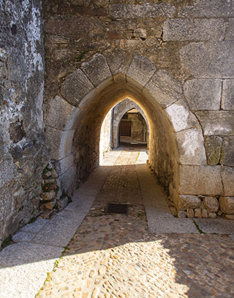 Arco Miranda del Castañar
