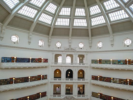 Interior biblioteca Melbourne Australia